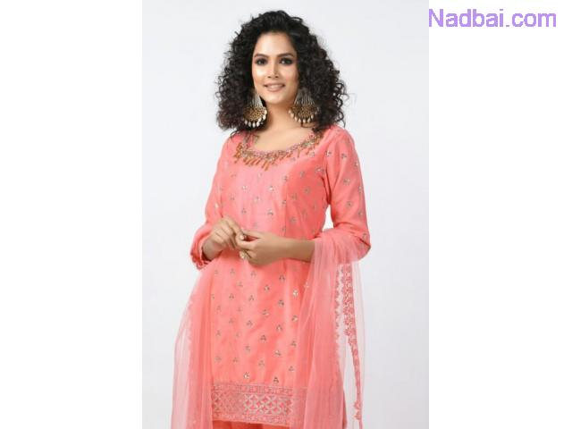 Get excellent quality Indian salwar suit online from Rangoli