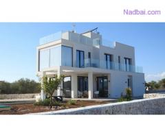 What are the advantage of buying Property In Aligarh?