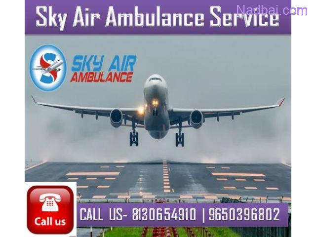 Best Air Ambulance Service in Delhi with Specialized MD Doctor